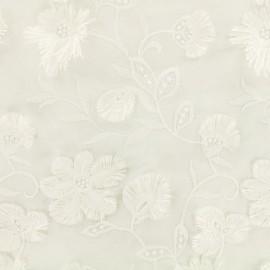 Tissu Voile de coton broderie anglaise fleurs sauvages - blanc x 10cm