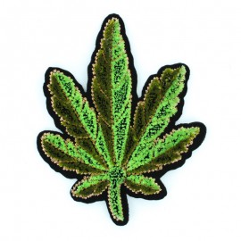 9x7cm embroidered Cannabis Leave iron on patch
