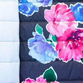 ♥ Coupon 120 cm X 150 cm ♥ Tissu matelassé nylon doudoune Flowers - marine