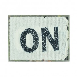 Double-sided sewing flake plaque - black/gold