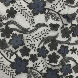 Tissu tulle brodé Fleurs 3D et sequins - noir x 10cm