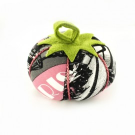 Tomato pin cushion pink Paris - grey