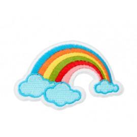 Thermocollant petit arc-en-ciel sur nuage