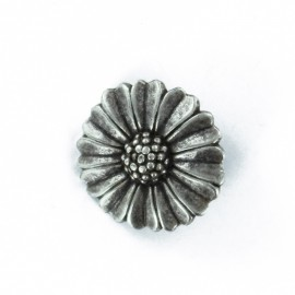 Pâquerette metal button - ancient silver