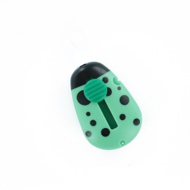Automatic ladybug needle threader - green