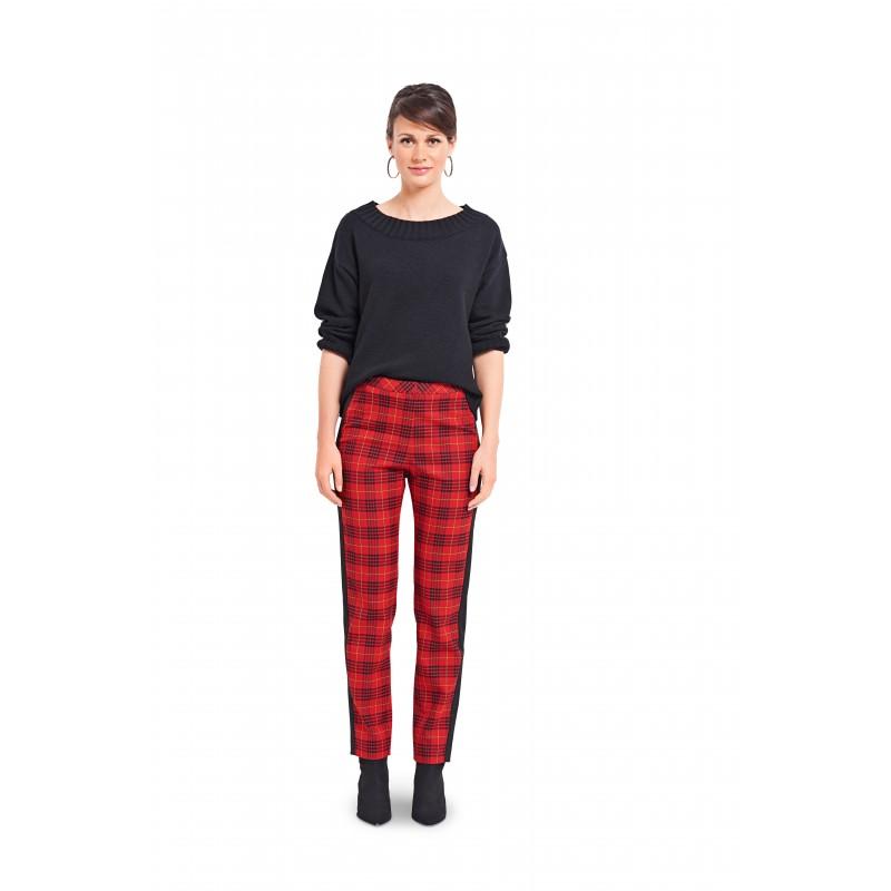 Burda Pattern 6377 Narrow Pants//Trousers with Side Stripes