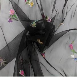 Tissu tulle brodé Edelweiss - noir x 10cm