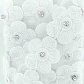 Ruban Fleur & Strass sur Tulle - Blanc x 50 cm