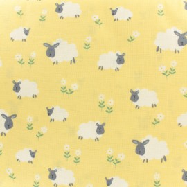 Tissu coton Makower UK Sheep - jaune x 10cm