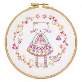 Violette la Minette Embroidery Kit