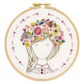 Églantine, Fleur des Champs Embroidery Kit