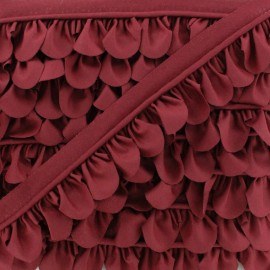 Petal Piping - Burgundy x 1m