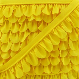 Petal Piping - Yellow x 1m