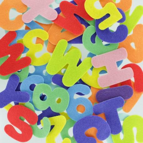 Felt Shapes 40 mm (150 pcs) - Number & Letter
