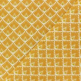 Tissu coton cretonne Ecailles dorées - jaune safran x 10cm