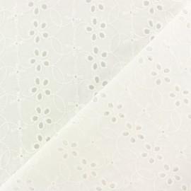 Tissu Voile de coton broderie anglaise Chelsea - blanc cassé x 10cm