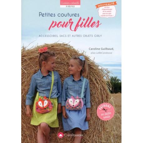 """Livre """"Petites coutures pour filles"""""""