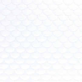 Scale Quilted jersey fabric - white Aquarius x 10cm