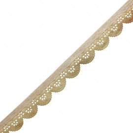 30 mm Scalloped Indian Trim - Gold Kali x 50cm