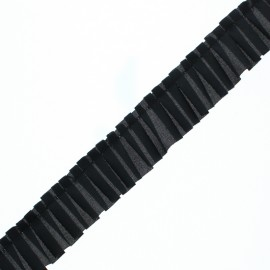 Polyester Pleated Trim - Black Aura x 1m