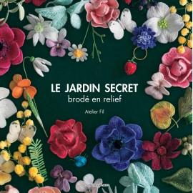 """Book """"Le jardin secret brodé en relief"""""""