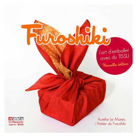 """Livre """"Furoshiki - L'art d'emballer avec du tissu"""""""