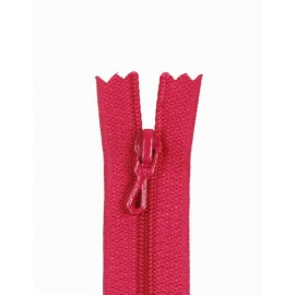 Closed bottom zipper - fuchsia