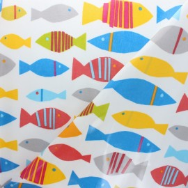 Tissu coton enduit brillant Colorful fish - blanc x 10 cm