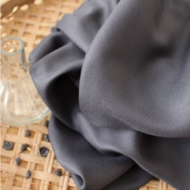 Atelier brunette crepe Viscose fabric - Night x 10cm