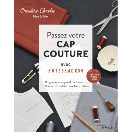 """Book """"Passez votre CAP couture : Programme progressif sur 9 mois"""""""
