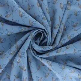 Tissu polyester satiné Pearl Peach Leaf by Penelope® - Bleu x 10cm