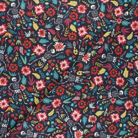 Cretonne cotton fabric - black Skulls & Roses x 10cm