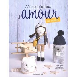 """Livre """"Mes doudous d'amour au crochet"""""""