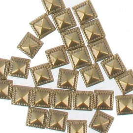 Strass thermocollants bronze carré decoré 7mm