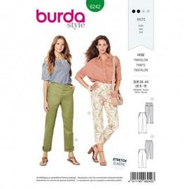 Patron pantalon chino femme Burda n°6242
