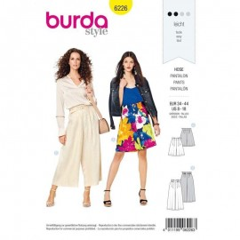 Patron short/pantalon détente femme  Burda n°6226