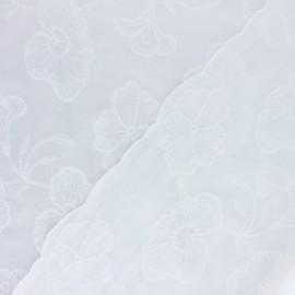 Tissu Voile de coton broderie anglaise Janette - écru x 10cm