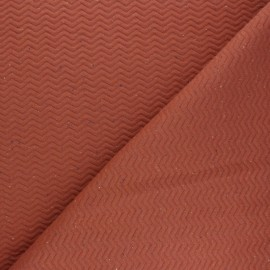 Quilted mottled fabric Chevrons - Rust red x 10cm