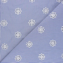 Openwork embroidered polycotton fabric - blue Marguerite x 10cm