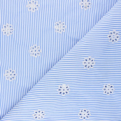 Openwork embroidered polycotton fabric - sky blue Marguerite x 10cm