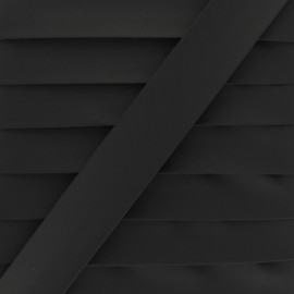 Matte Faux Leather Bias Binding - black Tilla x 1m