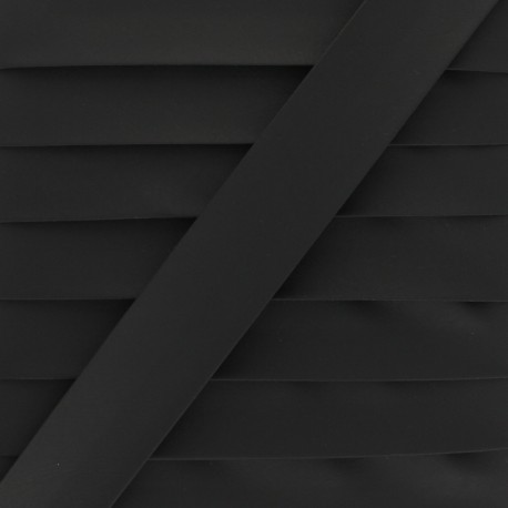Matte Faux Leather Bias Binding - black Tilla x 1m