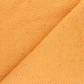 Quilted mottled fabric - yellow Chevrons x 10cm