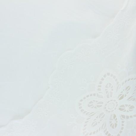 Tissu voile de coton brodé festonné Jade - blanc cassé x 10 cm