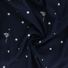 Tissu sergé de viscose Polk Poppies - bleu marine x 10cm