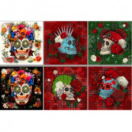 Short velvet panel fabric - multicolor Skulls Velvet x 95cm