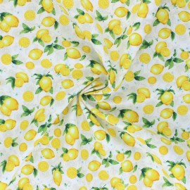 Timeless Treasures cotton fabric - cream Small Lemons x 10cm