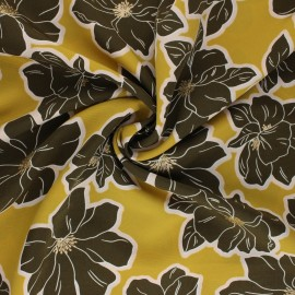 Polyester mat satin fabric Pearl Peach by Penelope® - yellow Giant Flowers x 10cm