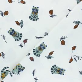 Tissu jersey Forest Raccoon - blanc x 10cm