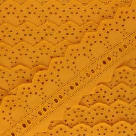 Broderie Anglaise passe-ruban Esmée 60 mm - jaune moutarde x 1m